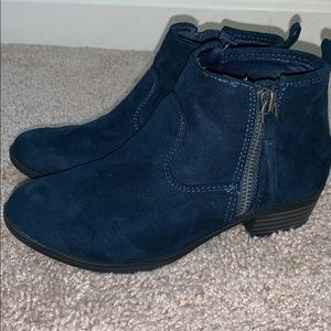 Little girls navy blue booties